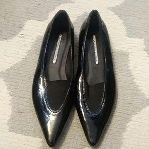 Donald J Pliner black patent leather flats